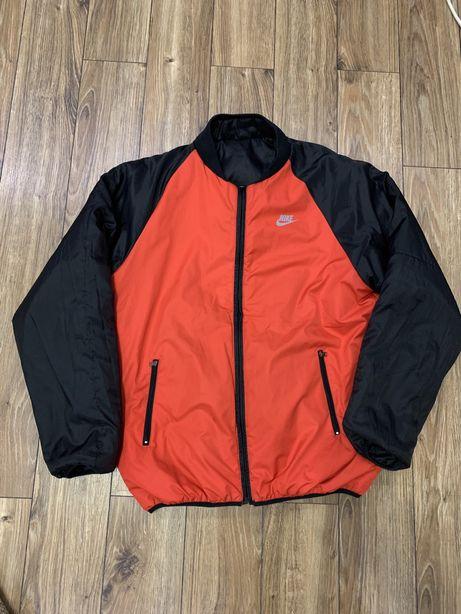 Двохстороння куртка Nike