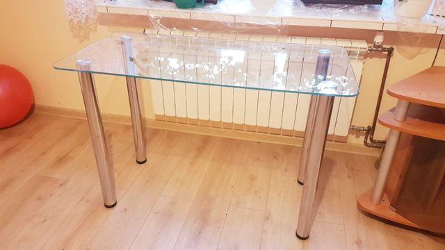 Stół szklany do kuchni