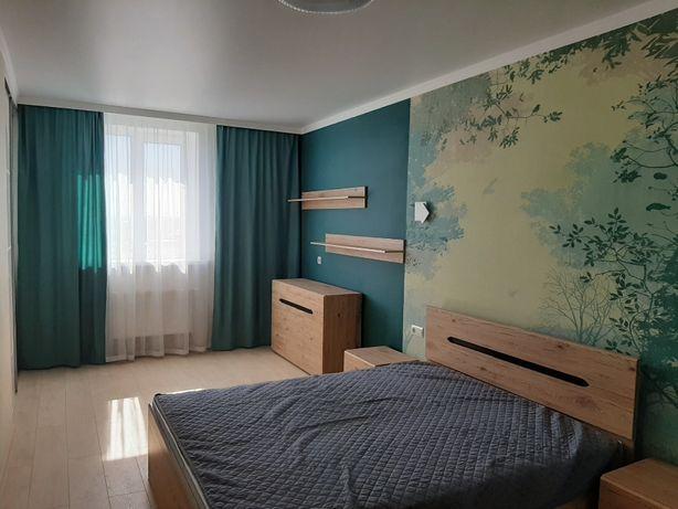 Продается 2 комнатная квартира с ремонтом в новом доме центре города