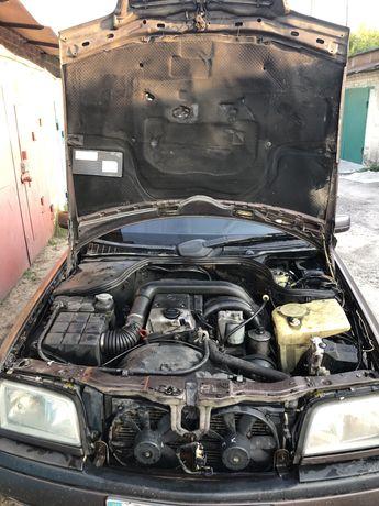 Двигун mercedes 220