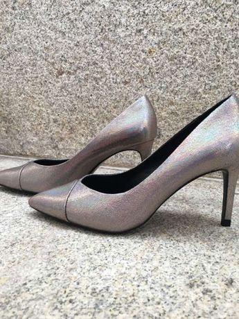 Sapatos de salto NOVOS Zara