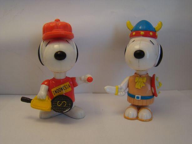 Figurki Snoopy z McDonalds Badmintonista i Wiking
