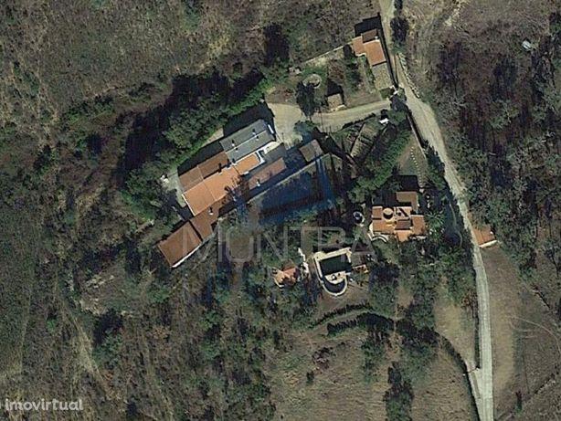 Monte Algarvio :: Moradia + Casa + Instalações Industriais - Terreno (