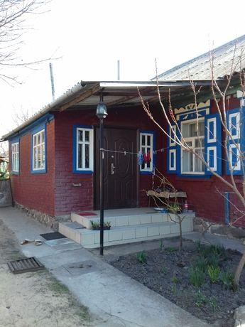 продам будинок у місті Зіньків