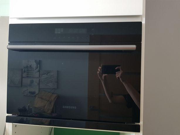 Sprzedam kuchenkę mikrofalową SAMSUNG do zabudowy