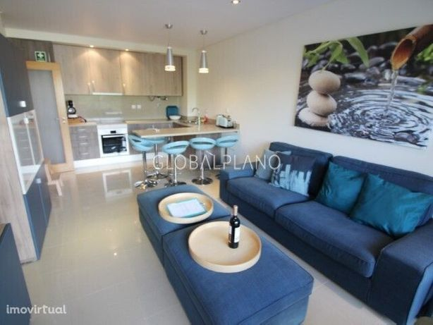 Apartamento com 2 quartos, com piscina nos Olhos de Água, Albufeira