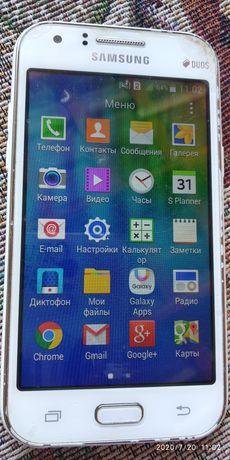 Телефон Samsung SM-J100H