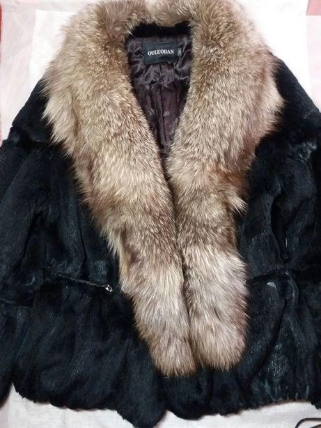 Полушубок из натурального меха (муфлон), воротник чернобурка