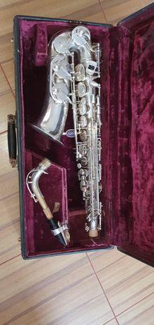 Saksofon alt altowy bs b&s.