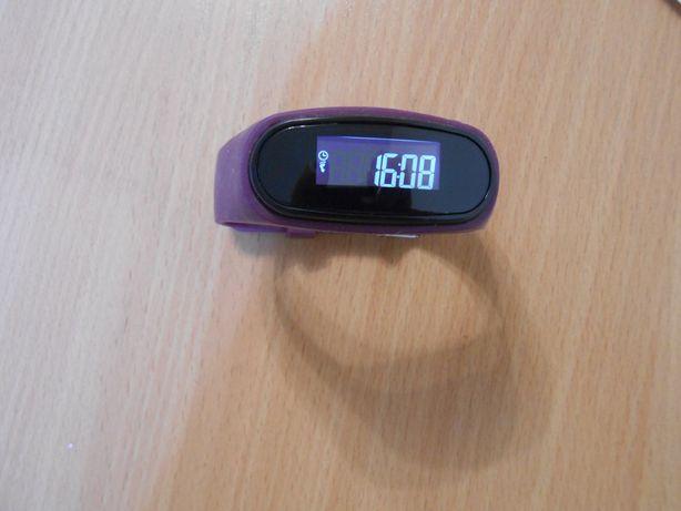 Фитнес браслет, часы, трекер