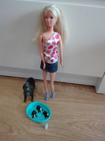 Lalka Barbie z pieskami
