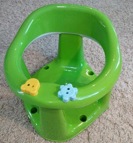 Детское кресло для купания в ванной