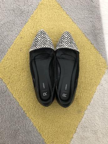 Sabrinas sapatos rasos pretos