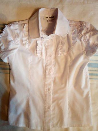 Продам школьные блузки для девочки 1-2 классов