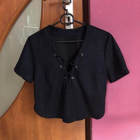Czarny zamszowy crop top Zara must have glamour krótka bluzka velur