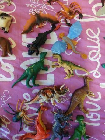 Игрушечные животные,динозавры,домашние,дикие,животные саванны