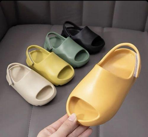 Детские сандалики в стиле изи