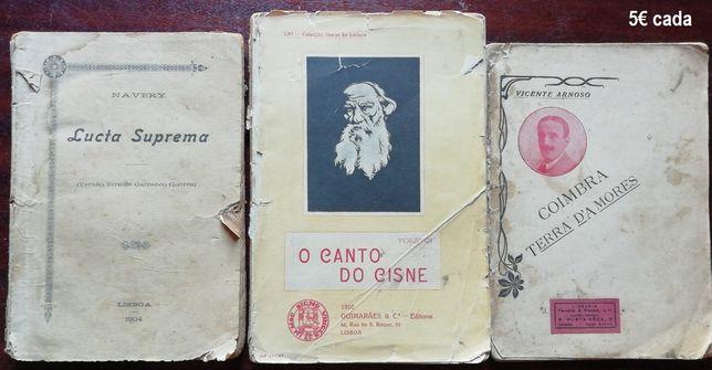 Livros antigos de Tolstoi, João Grave, José Duro entre outros