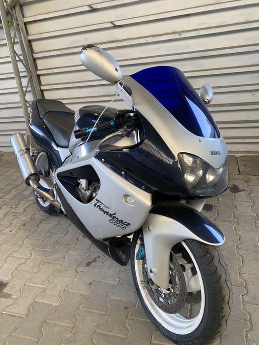 Yamaha YZF 1000 Thunderace Strzegowa - image 1