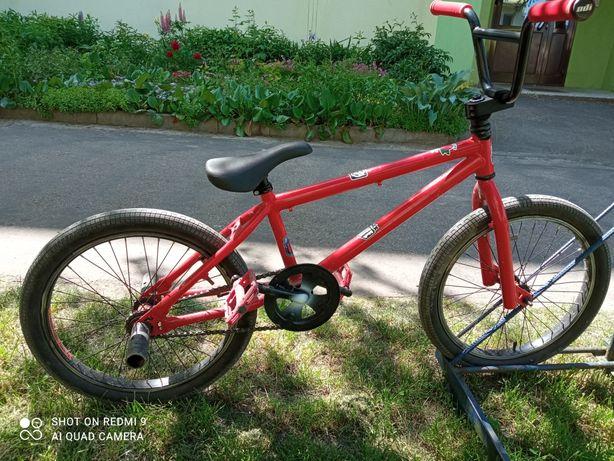 """Rower BMX na 20 """" kołach"""