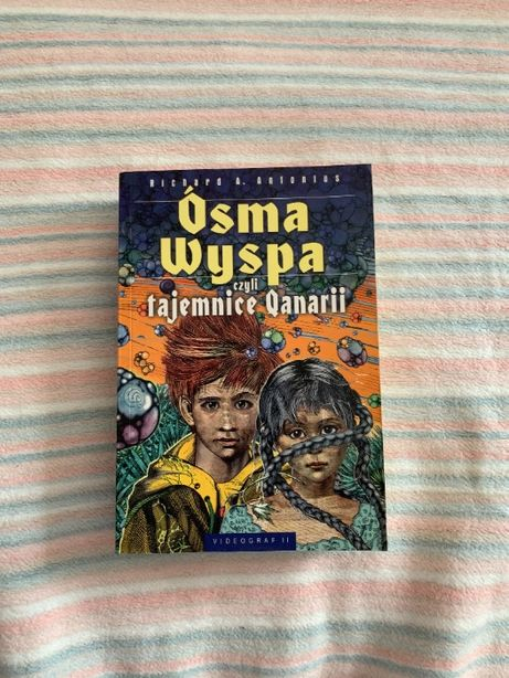 "Książka ""Ósma Wyspa"", Richard A. Antonius"