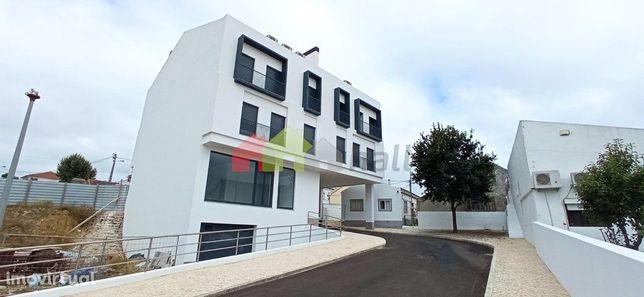 Apartamento T2 Novo em Caneças, Odivelas