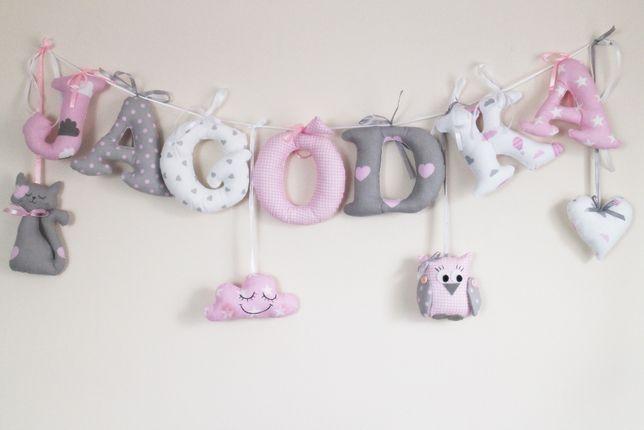 Literki bawełniane szyte dla dziewczynki w pastelach szary róż biały