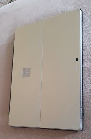 Surface Pro4 i5-6300U 8Gb RAM 250Gb