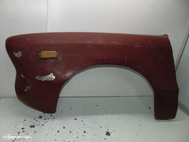 Datsun 120y guarda lamas esquerdo