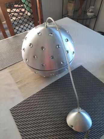 Żyrandol metalowy