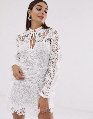 Красива мереживна сукня Missguided S-M