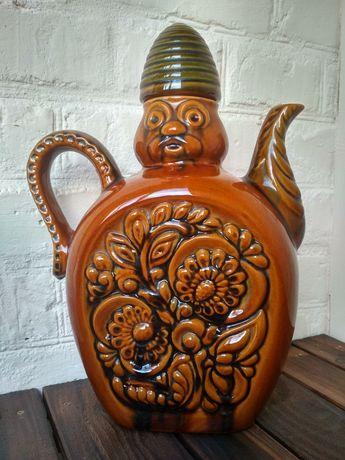Элемент декора. Керамический кувшин для вина. Художественная керамика
