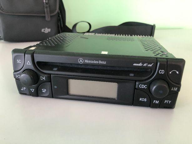 Radio Mercedes MF2910