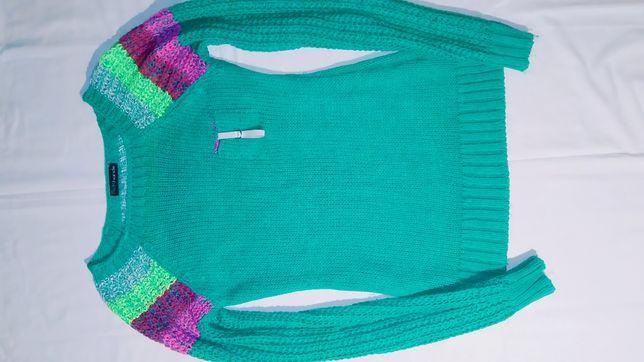 Зимний вязанный свитерок