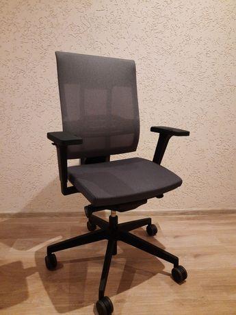 Fotele obrotowe do biurka Xenon Net 10SFL Profim