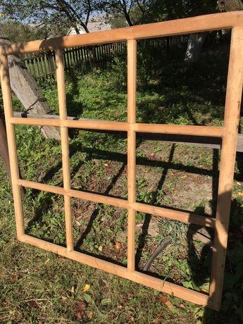 Віконна деревяна рама