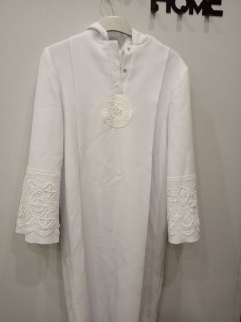 Alba komunijna dla chłopca,długość alby 116cm,kolor biały,cena 100zl