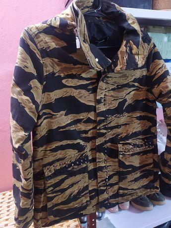Куртка + брюки. Военный стиль.