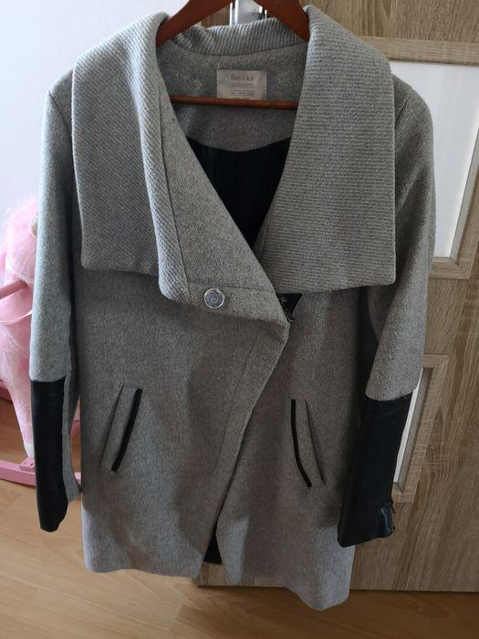 Płaszcz wełniany Bershka S zimowy ciepły Bielsko-Biała - image 1
