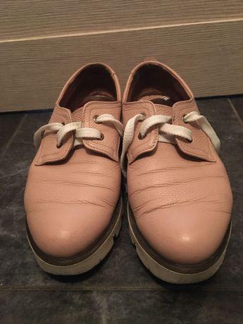 Ботиночки женские кожаные фирмы Sharman