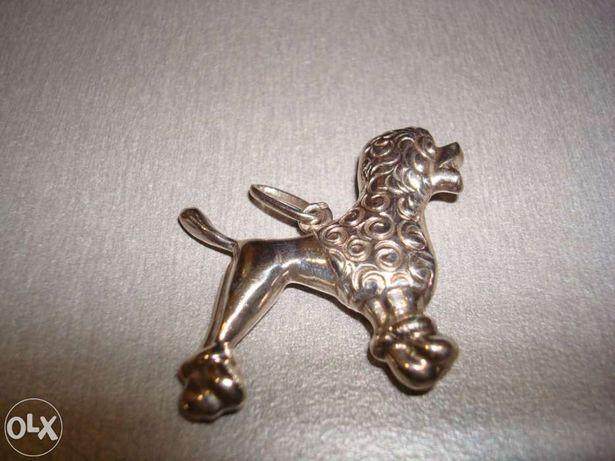 Pendente em prata cãozinho - Novo