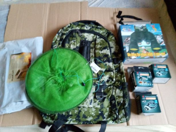 Набор туриста - рюкзак, бинокль, мангал, фонари