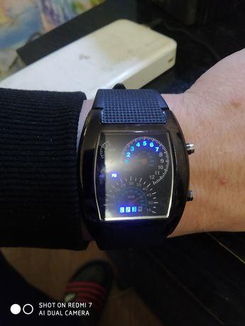 Продам часы спидометр