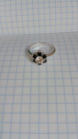 Кольцо - 925 проба. Перстень - колечко. 3 грамм.