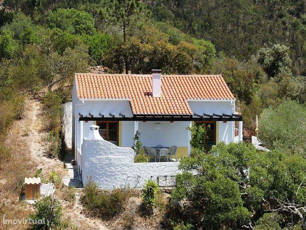 Casa Térrea Elevada Com Vistas Panoramicas Para Odeceixe
