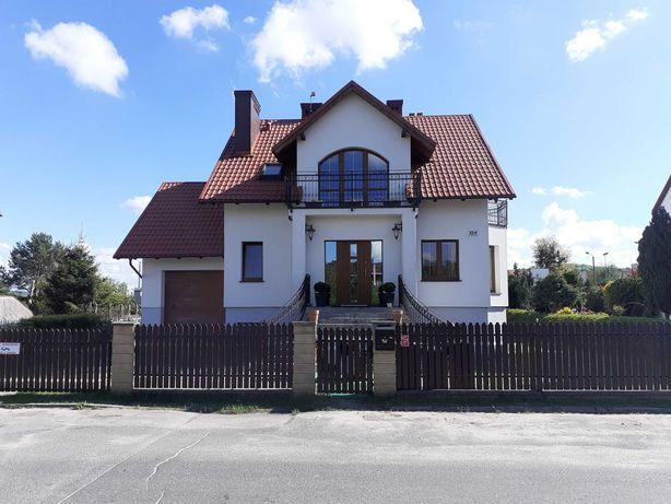 Dom Wolnostojący w centrum Redy