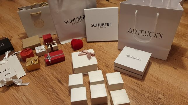 Pudełko pudełka Pandora Apart Kruk Schubert Też Mokobelle Artelioni