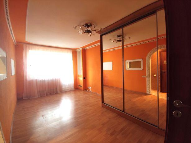 Терміново продам 2-х кімнатну квартиру в центрі