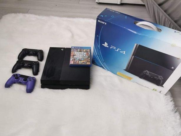 Konsola Playstation 4 + 3 pady + 2 gry