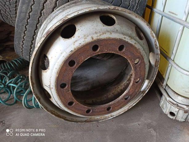 Диск колесный грузового автомобиля